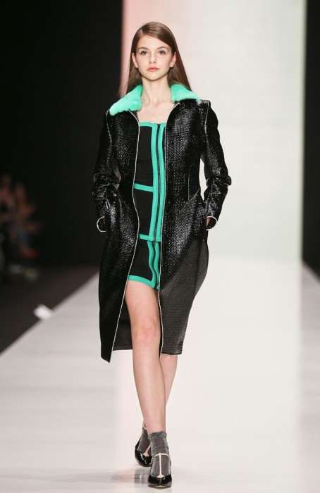 Mercedes-Benz Fashion Week Russia // Показ Yasya Minochkina